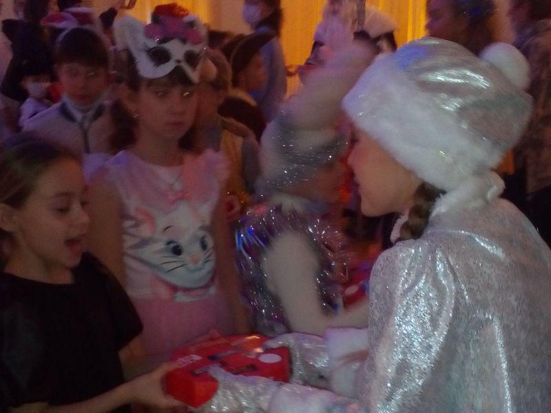 За что дети любят Новый год?